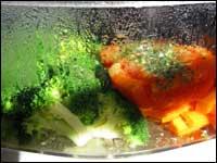 Energie und Strom sparen in der Küche beim Gemüse Dünsten