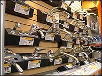 Energie und Wasser sparen durch Thermostatbatterien, Mischbatterien und Armaturen.